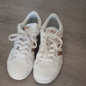 ADIDAS girls sneakers